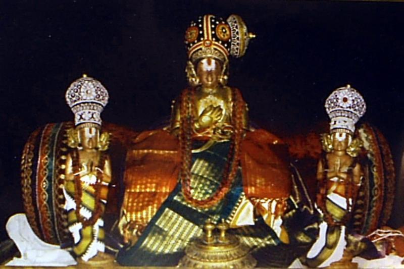 nammazhwar-madhurakavi-nathamuni